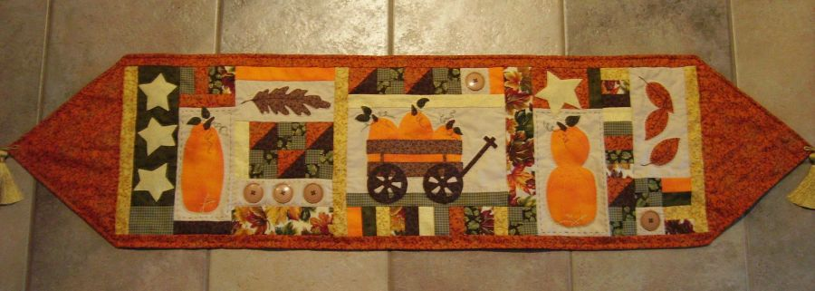 Hand Embroidery Table Runner patterns for your home-Turnberry Lane ... : free pattern for quilted table runner - Adamdwight.com
