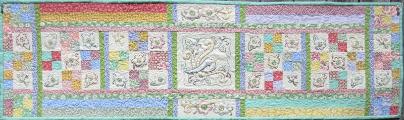 With This Pattern You Can Make Your Own Vintage Table Runner Using Simple Embroidery And Easy Piecing Is A Great Screr